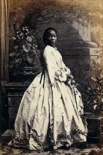 Full-length photograph of Sarah Forbes Bonetta taken in 1862.